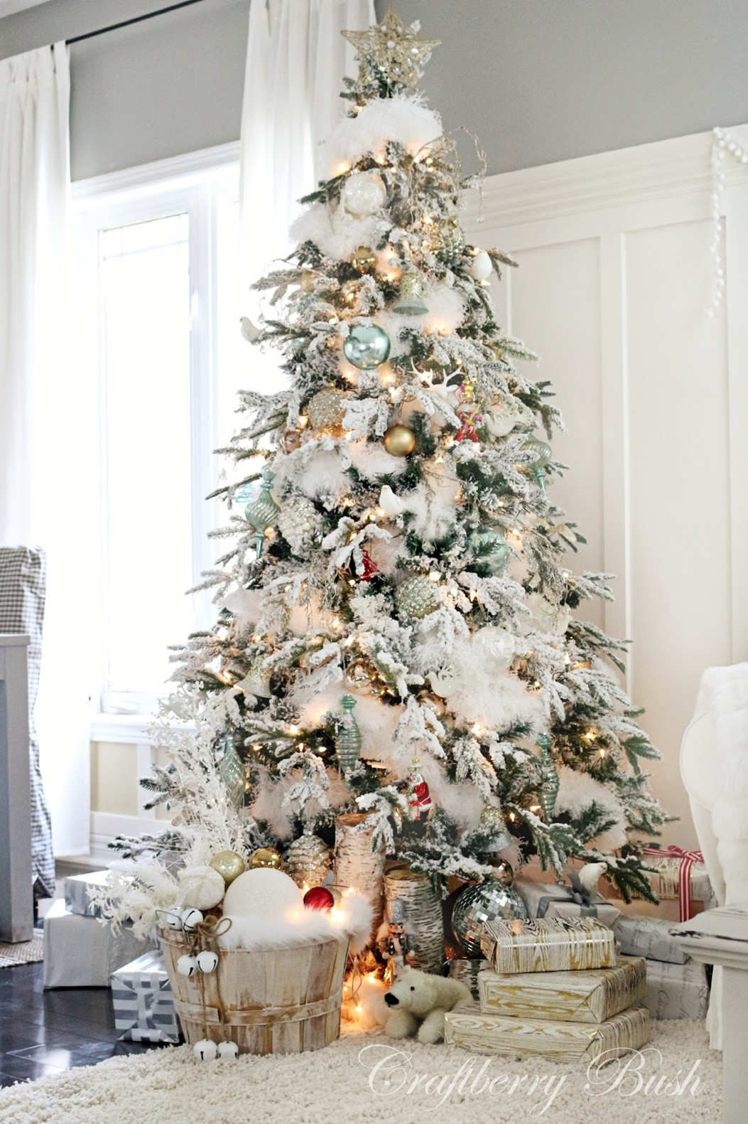 All is Bright! 7 Fabulous Christmas Trees to Inspire | Dragas ...